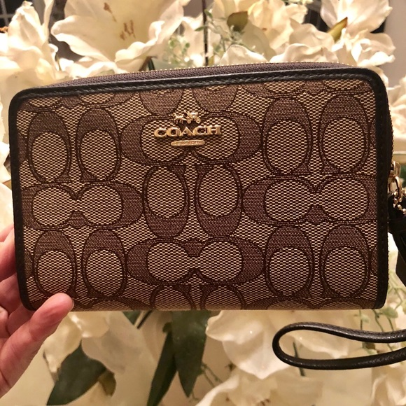 7ce8c7808a SOLD Coach Small Wallet NWT Purchased at Macy s